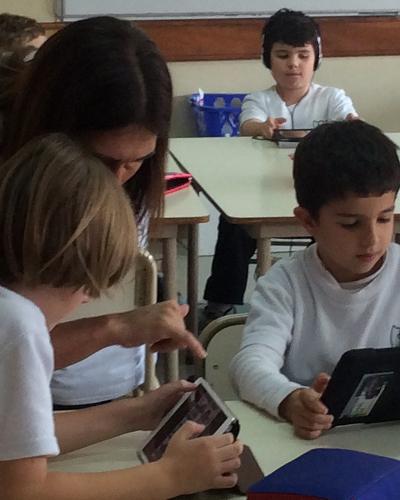 A La vanguardia de una educación Progresista Español